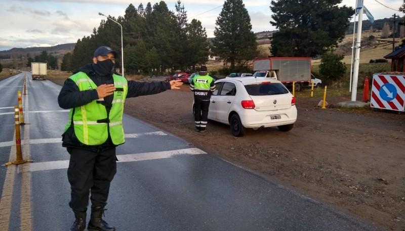 Seguridad Vial realiza controles vehiculares en Esquel