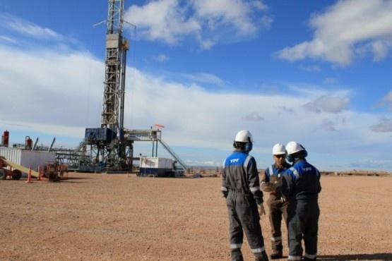 YPF posee el 60% aprox. del desarrollo hidrocarburífero de Santa Cruz. (Archivo).