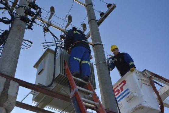 Instalaron nuevo transformador de energía en el Barrio Bicentenario