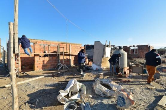 Trelew: continúa la ejecución de mejoramientos habitacionales