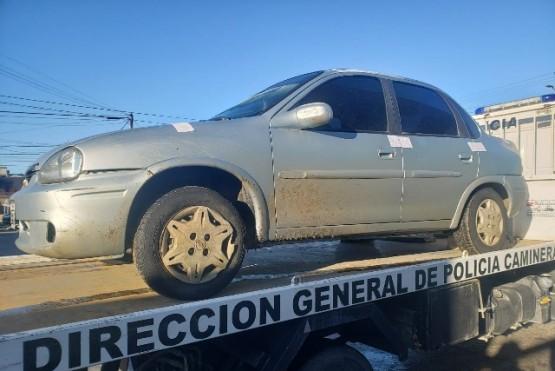 Vehículo secuestro por el personal de la Comisaría de la Mujer y Familia