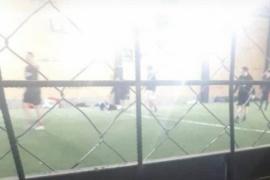 Clausuran cancha de Fútbol 5 en Río Gallegos cuando se jugaba un partido