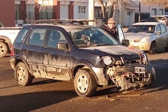 La Ford Eco Sport tras el choque.