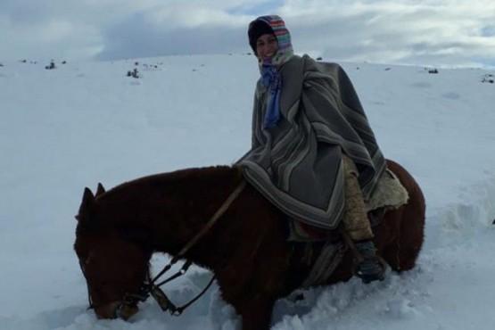 A caballo y con nieve, así trabajan los agentes sanitarios en zonas rurales