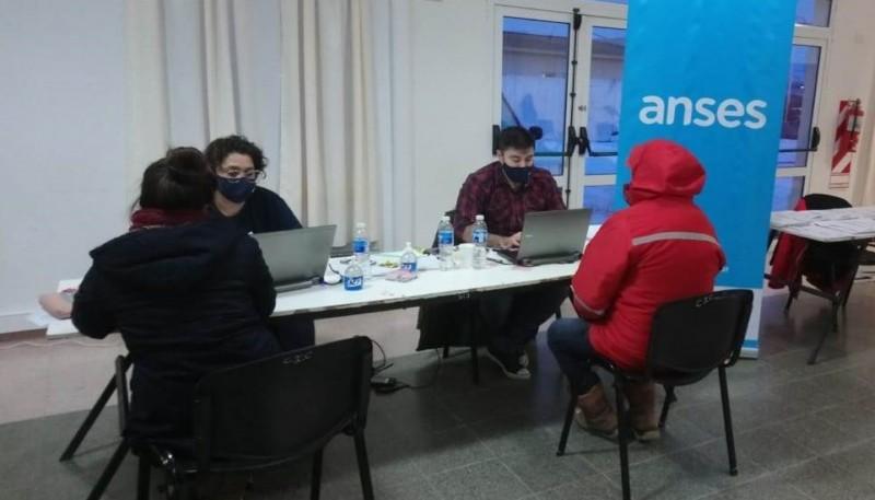 Exitoso Operativo de Atención de la ANSES en Gobernador Gregores