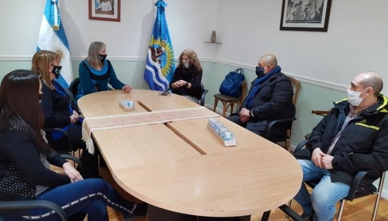 Desarrollo Social y la CPS presentan credenciales de beneficios para jubilados y pensionados