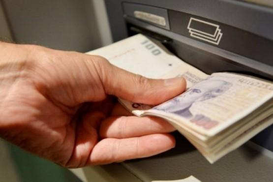 Cómo cobrar si todavía no llegó la tarjeta de débito