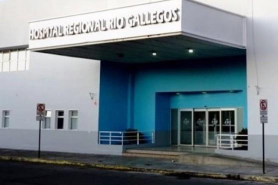 La misiva lleva las firmas y sello del Director Médico, Dr. Mauricio Fernández, y Director Médico Asociado, Dr. Javier Lerena.