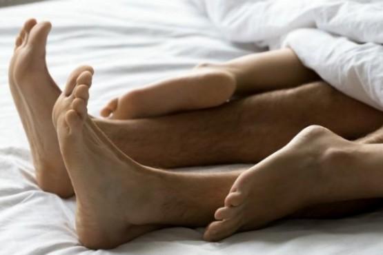 Un 43% de encuestados rompió la cuarentena para tener sexo