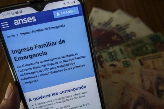 Pago del IFE.  (Imagen: Télam)