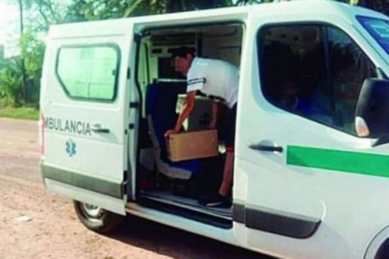 Una ambulancia llevaba fernet para el hijo de un intendente