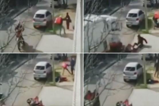 Sodero arrolló a un motochorro cuando asaltaba a una mujer