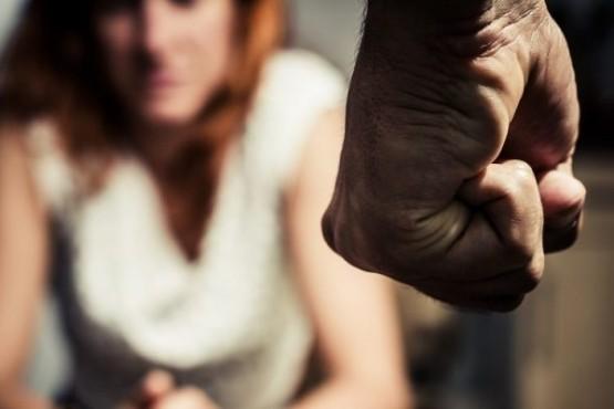 Piden que se aparte al concejal denunciado por violencia contra su ex pareja