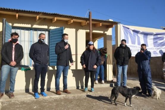 Entrega de un mejoramiento en barrio INTA