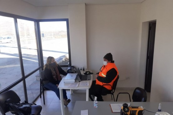 Concejal Torres recorrió el portal de ingreso a El Calafate y reconoció la labor de sus trabajadores