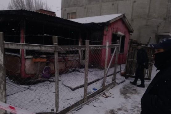 Así quedó la casa tras el incendio (Foto: C.Robledo).