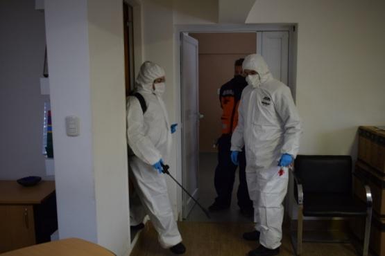 Seguridad trabaja en la desinfección de comisarías y edificios administrativos