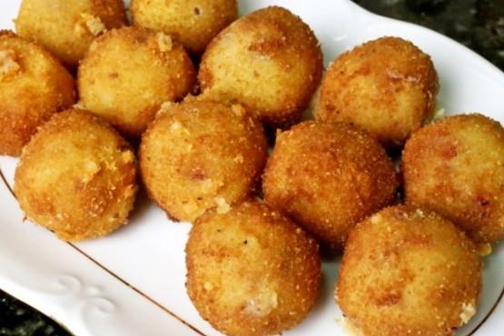 Cómo hacer croquetas de polenta con queso