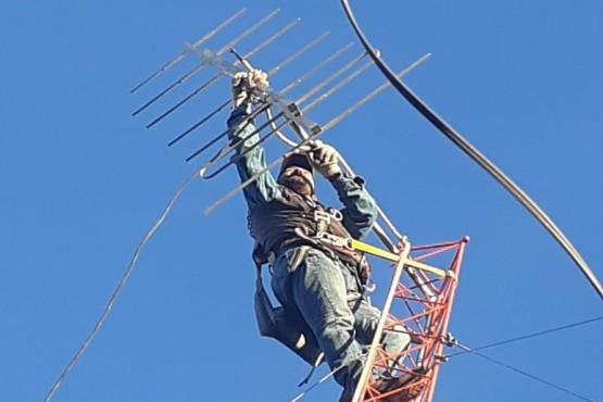 Colocaron una torre de 12 metros en el interior del predio del Hospital Diadema