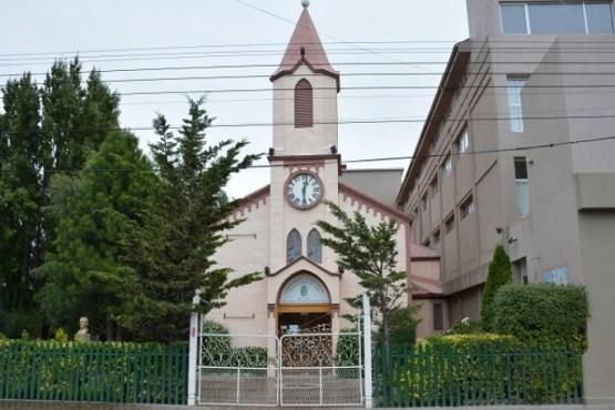 El Obispo Jorge García Cuerva determinó el cierre de parroquias y templos