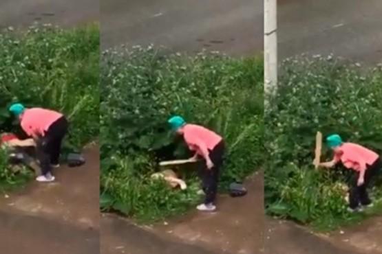 Una mujer golpeó a una pareja que estaba teniendo sexo en plena calle