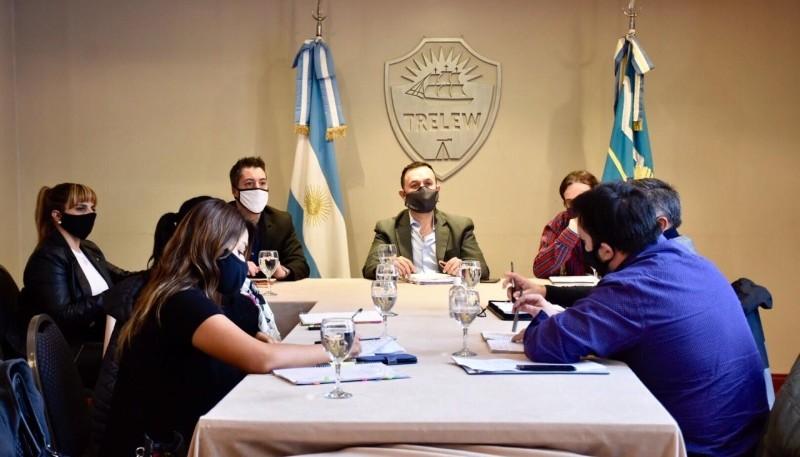 Maderna se reunió con concejales y concejalas de Chubut al Frente