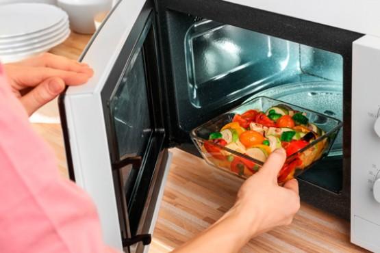 Qué tan saludable es cocinar en microondas