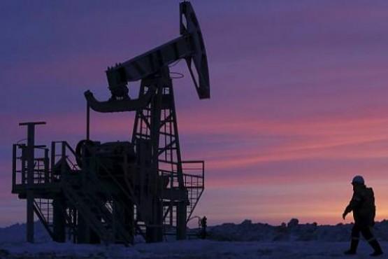 Los petroleros retornan a sus laborales habituales. (Archivo).