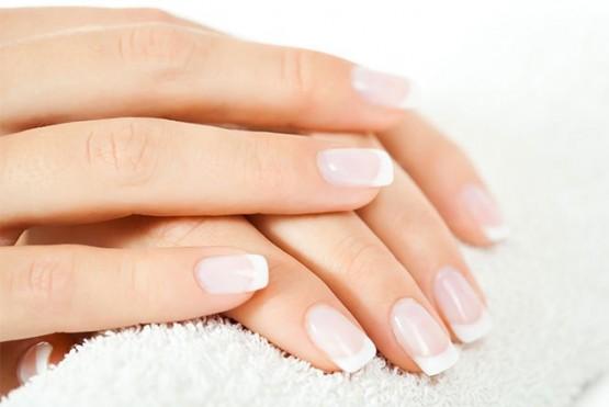 Los trucos caseros más eficientes para fortalecer las uñas