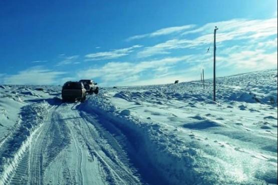 Un pueblo de Río Negro permanece aislado por la nieve