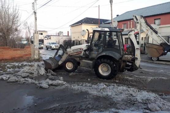 Obras Públicas: realizan despeje de calles