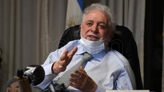 Ginés aseguró que el Gobierno está negociando la prioridad en la asignación de vacunas