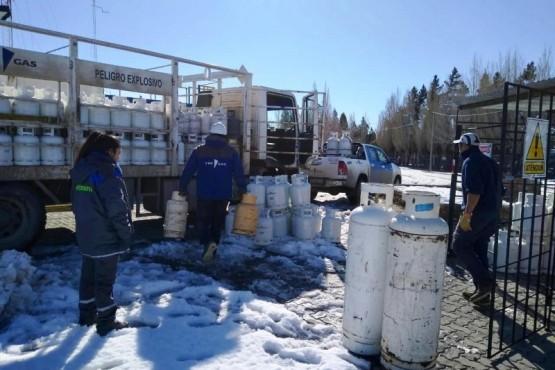 Petrominera refuerza el abastecimiento de gas envasado en Cushamen