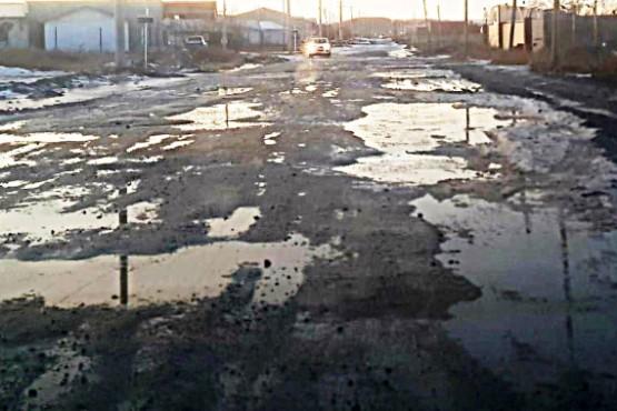 Las calles están llenas de pozos y congeladas.