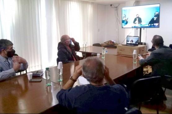 La segunda reunión también se realizó por videollamada. (Foto Facebook)