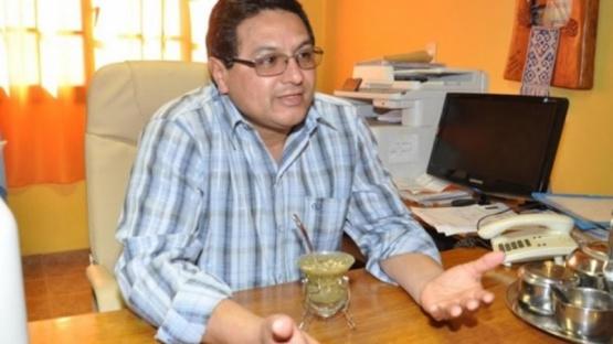 Un intendente reconoció que sus hijos cobraron el IFE