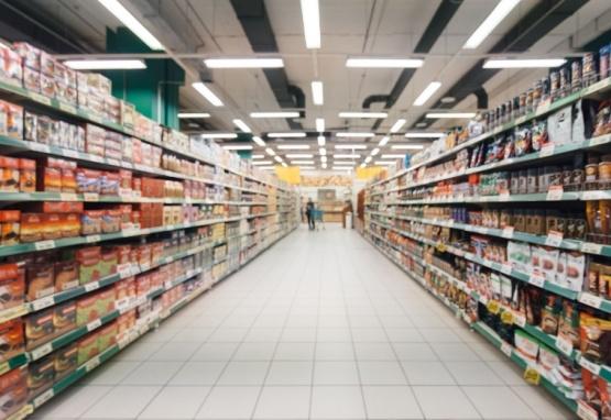 Municipio prohibió la venta de productos no esenciales