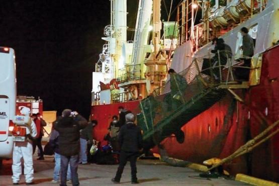 Los tripulantes del pesquero fueron dados de alta epidemiológica