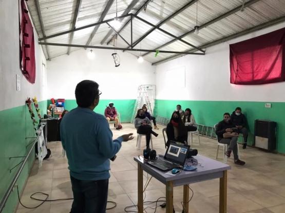 Capacitación de salud para la Red Voluntaria Joven