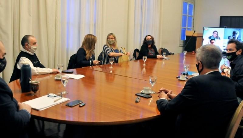 El Gobierno realizó una nueva reunión en Rawson del Comité de Asistencia para el sector turístico