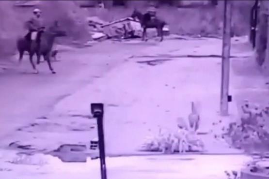 Delincuentes roban a caballo