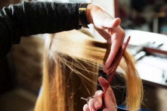 Los peluqueros piden ayuda y la reapertura con protocolo.