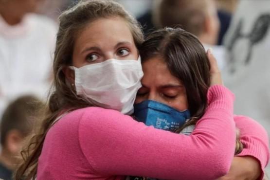 Coronavirus: alarma por 63 nuevos casos y una tercera víctima fatal