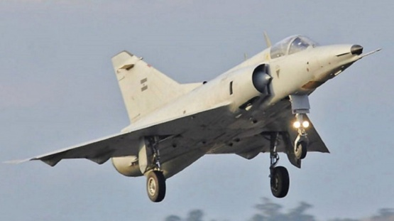 Se estrelló un avión caza de la Fuerza Aérea Argentina: el piloto falleció