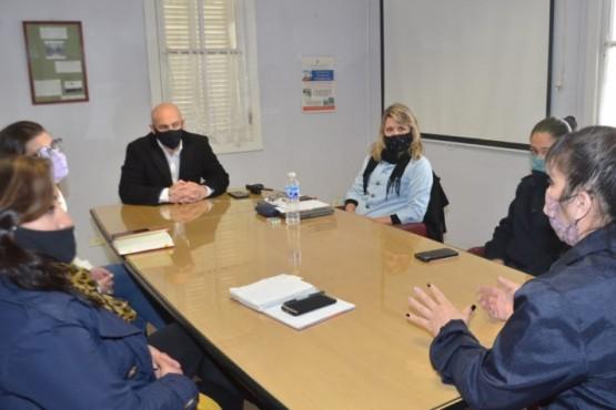 Funcionarias de la Municipalidad de Trelew se reunieron con Massoni