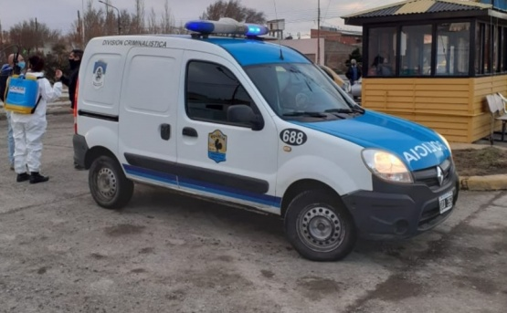 Responsabilidad: por un caso de neumonía desinfectaron parada de taxis