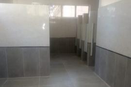 Finalizó la reparación integral del baño de niñas en la Escuela N° 100
