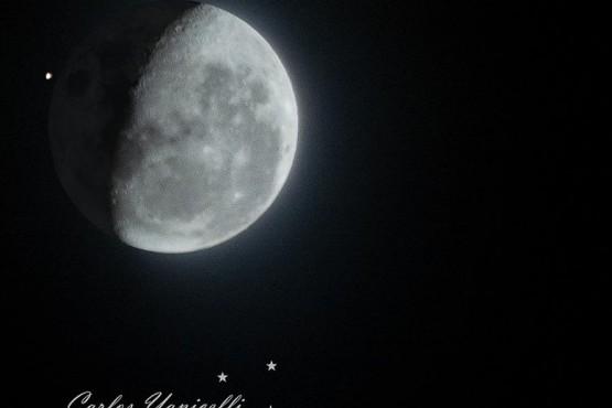 Así se vio la conjunción de la Luna y Marte desde Santa Cruz