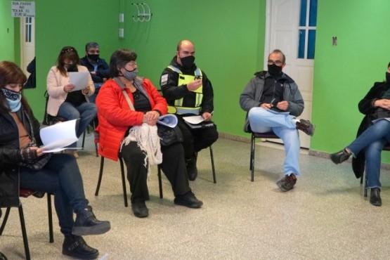 Vecinalistas y referentes del Municipio acordaron pautas para concientizar sobre el COVID-19
