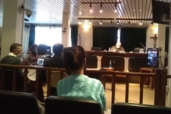 Empezó el primer juicio por daño ambiental contra 7 tripulantes